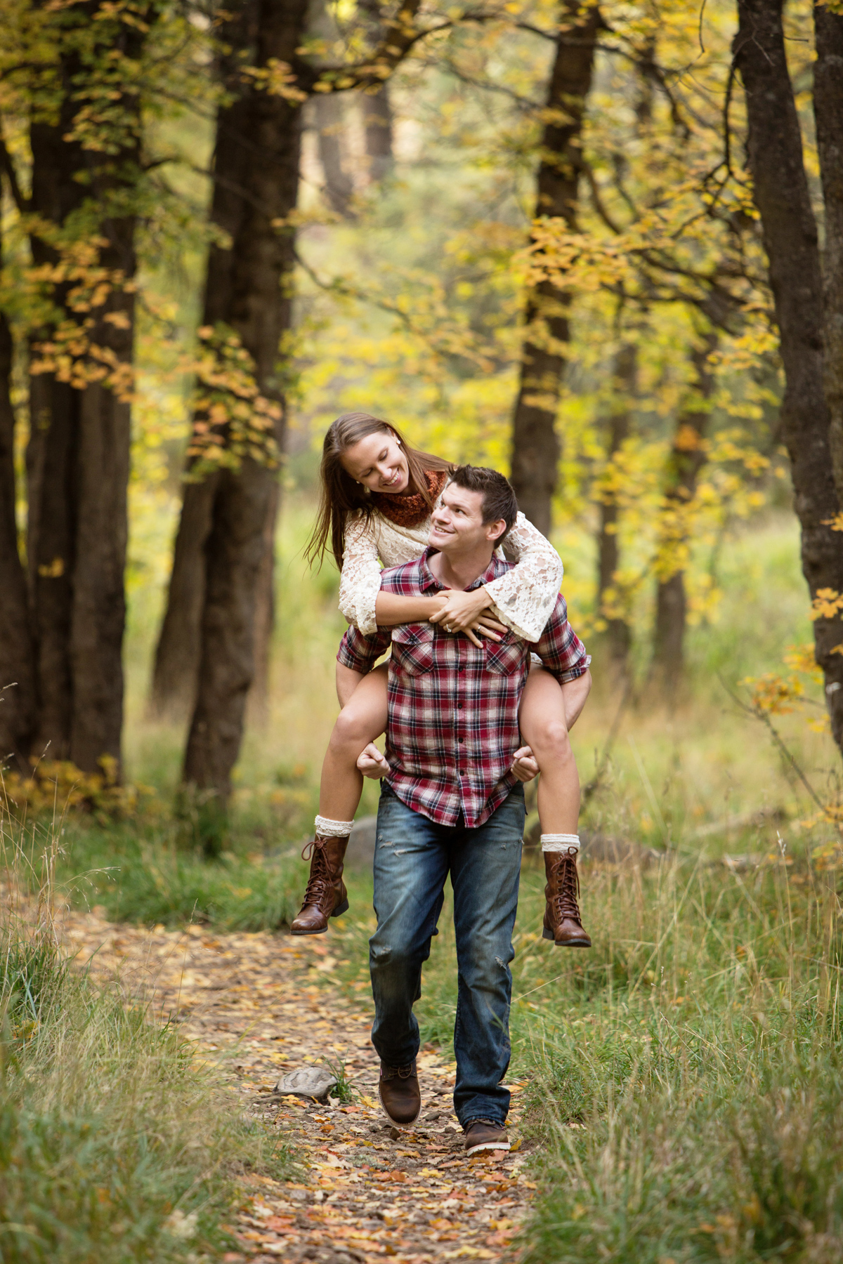 Mt Lemmon engagement photos; Lori OToole Photography; fall in Arizona